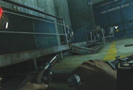 Поначалу скрытные убийства в Dishonored похожи на настоящий стелс, но как только в мои руки попала первая руна, я взял талант Dark Vision, и после этого все волшебство Dishonored улетучилось. Ну вот зачем так делать?