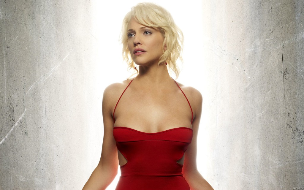 BATTLESTAR GALACTICA -- Pictured: Tricia Helfer as Number Six -- SCI FI Channel Photo: Justin Stephens
