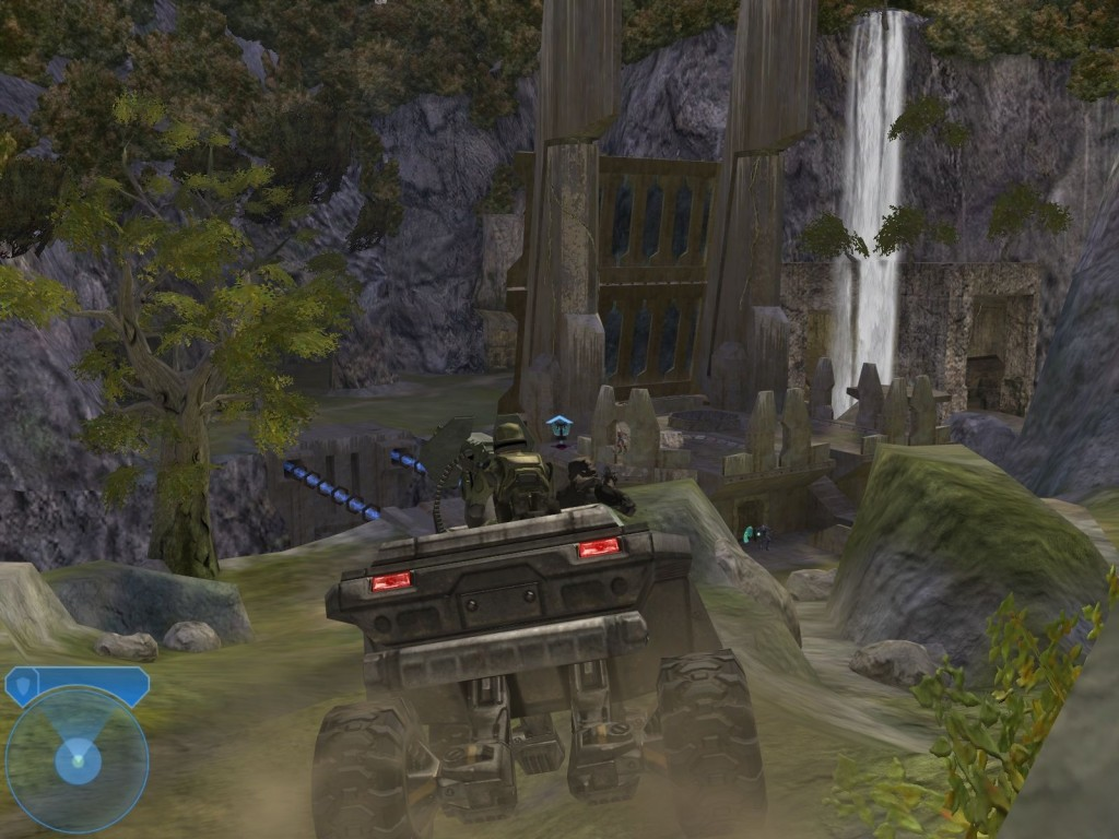 245416-halo-2-windows-screenshot-driving-around-in-the-warthog