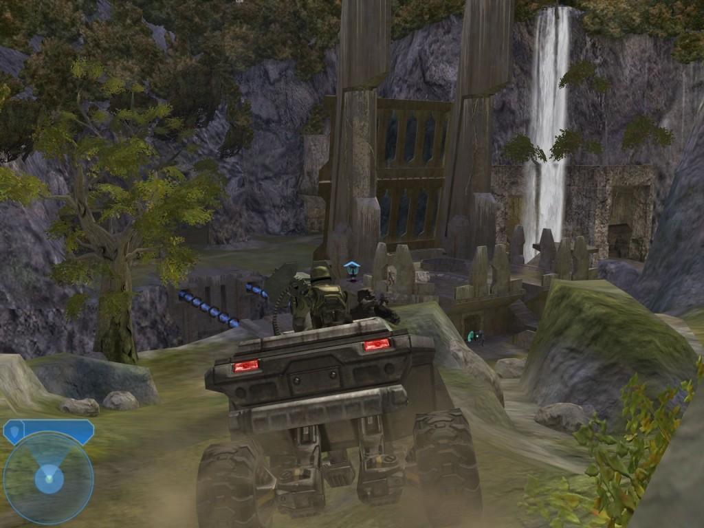 245416-halo-2-windows-screenshot-driving-around-in-the-warthog